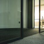 Op zoek naar een nieuwe vloer op kantoor? Ga voor tapijttegels!